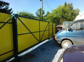 Откатные ворота на сваях